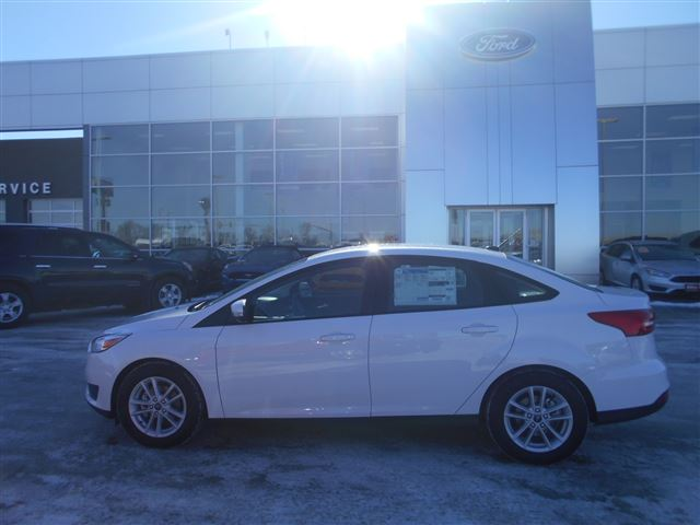New 2018 Ford Focus SE Car