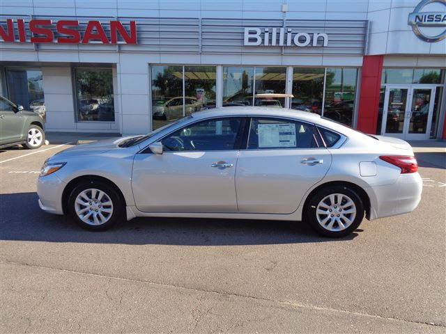 New 2017 Nissan Altima 2.5 S Car