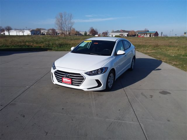 New 2018 Hyundai Elantra SE Car