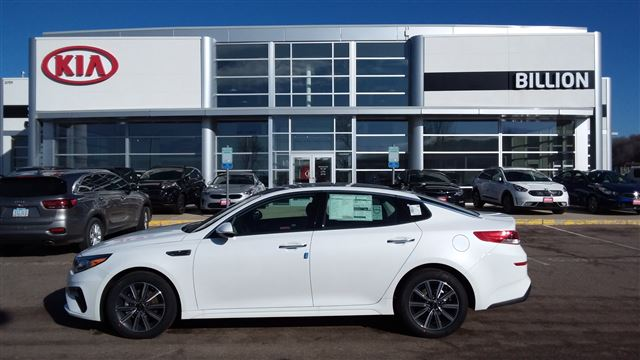 Billion Auto Sioux Falls Sd >> New 2019 Toyota Corolla Hatchback For Sale in Sioux Falls ...