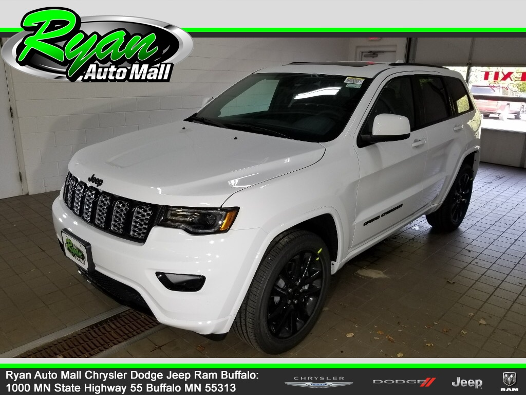 New 2021 Jeep Grand Cherokee Laredo